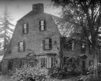 Colonial Homes With Gambrel Roofs