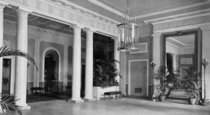 Interior Of The White House After 1902 Redecoration By
